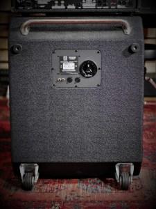 studio-la-boite-a-meuh-ampeg-svt-classic-410-hlf-baffle derriere