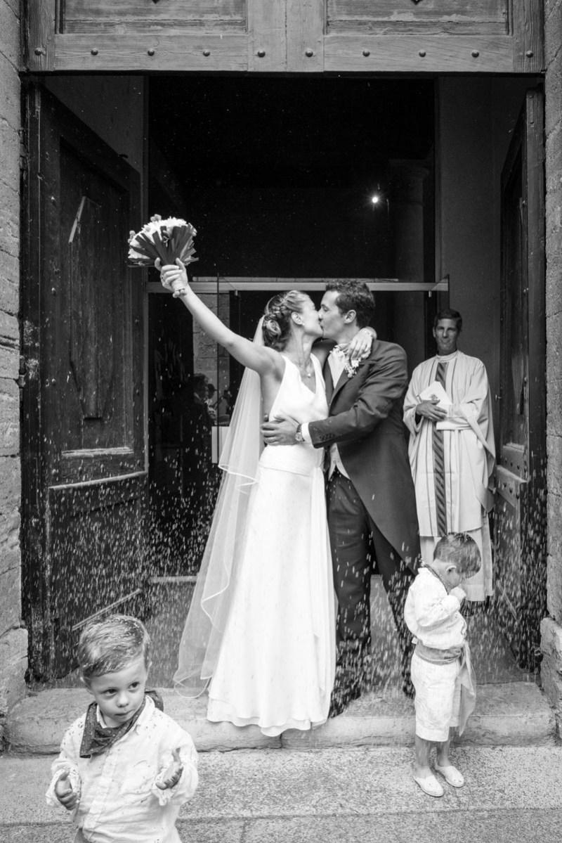 023_lm_20160820-170421_baiser_mariage_par-ludovic-maillard_studio-sud