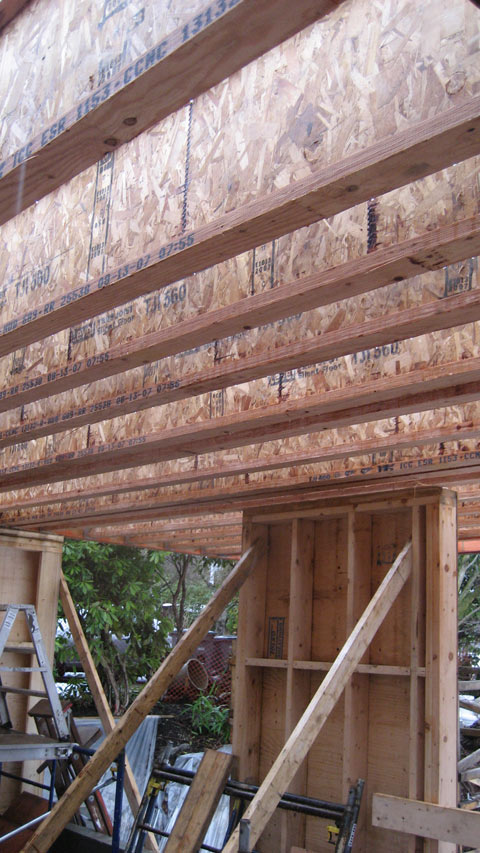 STRUCTUREwood to wood  home building in Vancouver