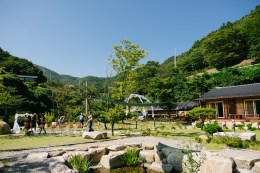 Gyeongju Ulsan Busan Korea Boutique Garden Wedding Photographer-4