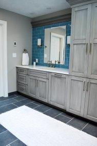 Gray-blue bathroom