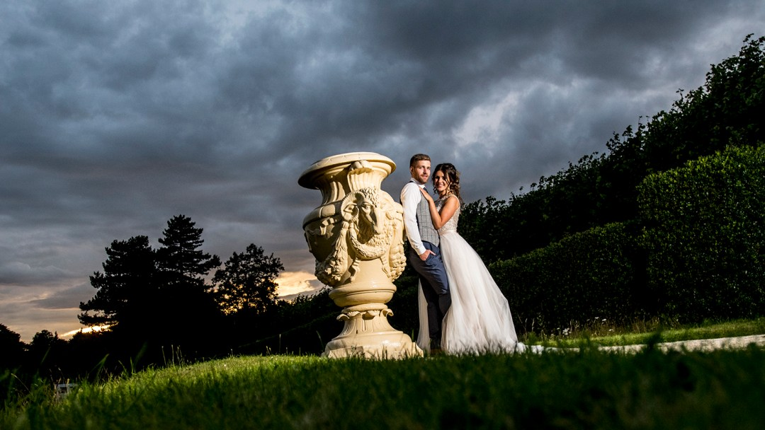 sunset-wedding-picture-at-thornton-manor