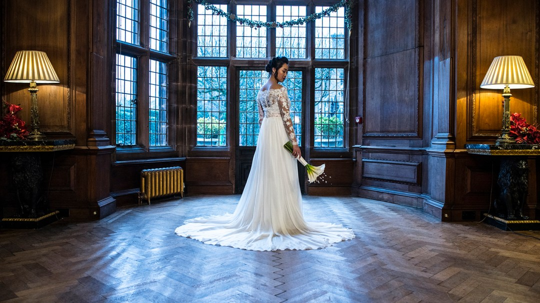 Bride at Thornton Manor photographer John McCulloch, Studio 900