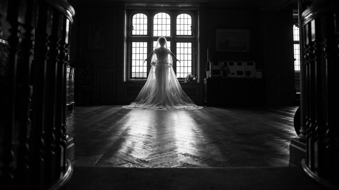 Bridal prep photography by Studio 900 at Thornton Mano
