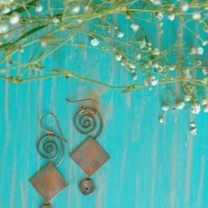 Rhombus-spiral-earrings-copper-2.jpg
