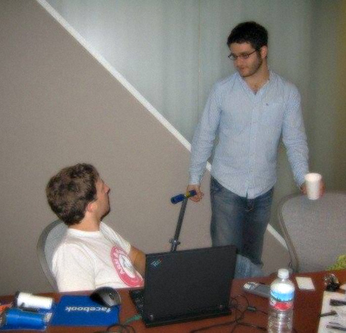 Mark Zuckerberg y Dustin Moskovitz, cofundadores de Facebook