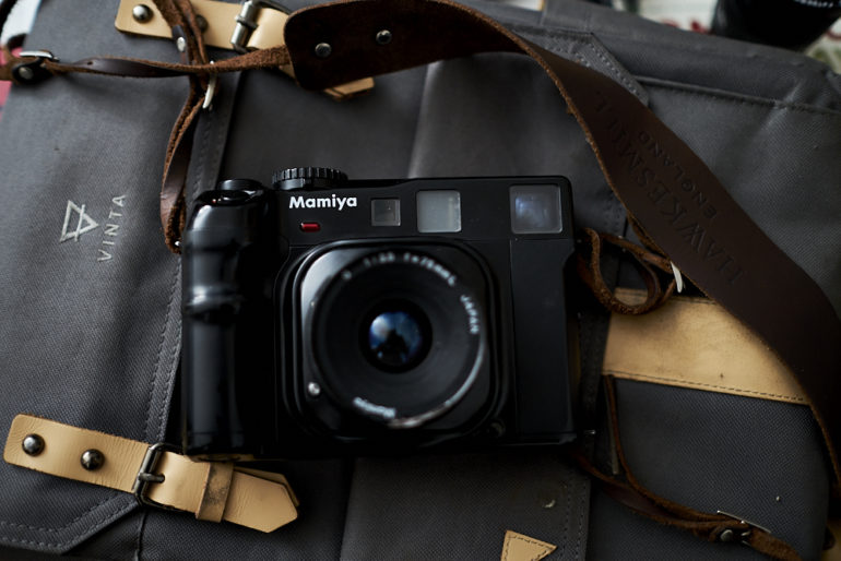 Chris-Gampat-The-Phoblographer-Mamiya-6-review-product-images-2-770x514