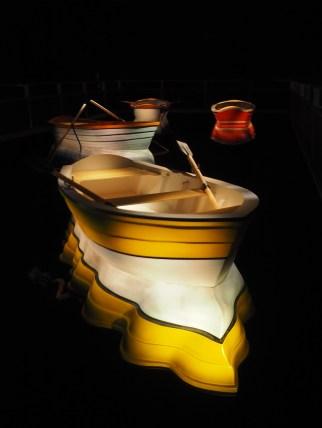 Port of Reflections, Leandro Erlich - L'illusion d'un bateau qui flotte
