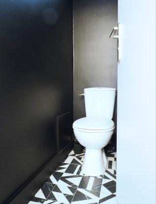 nouveau wc noir et blanc