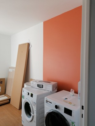 Bandeau de couleur pour une chambre
