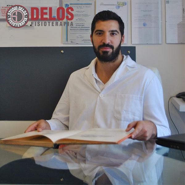 Dottore Simone Esposito Fisioterapista