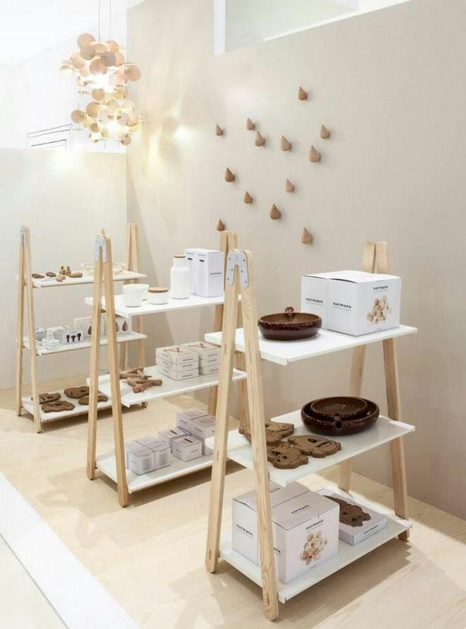 Exposición de complementos de hogar