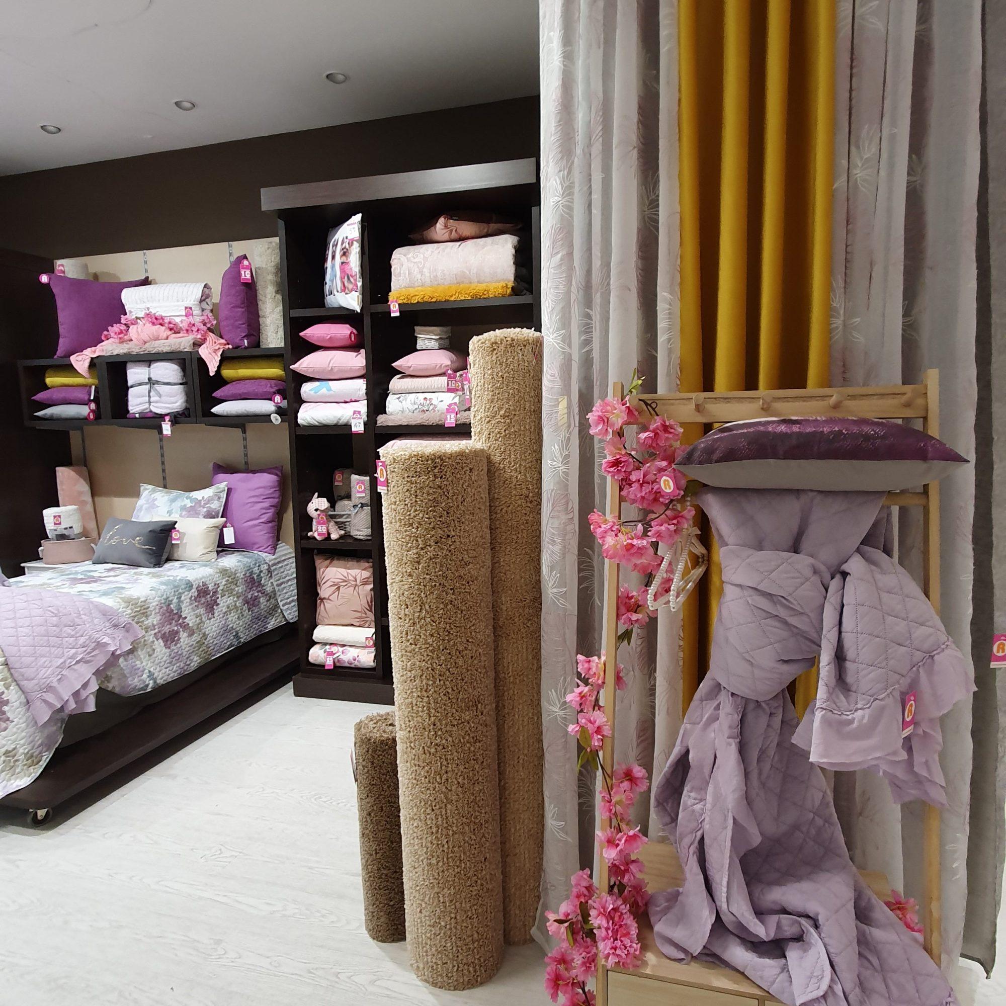 Escaparatismo - visual merchandising para tiendas de hogar - estilismos