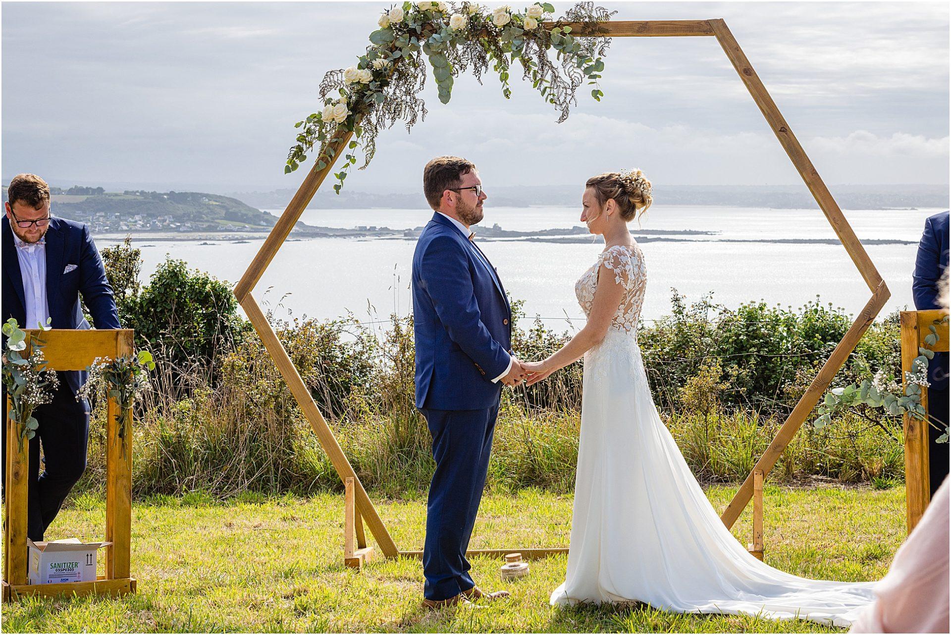 photographe-mariage-cérémonie-mariage-bretagne-janzé