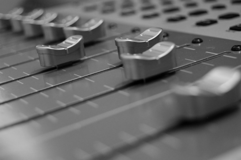 mixing_console