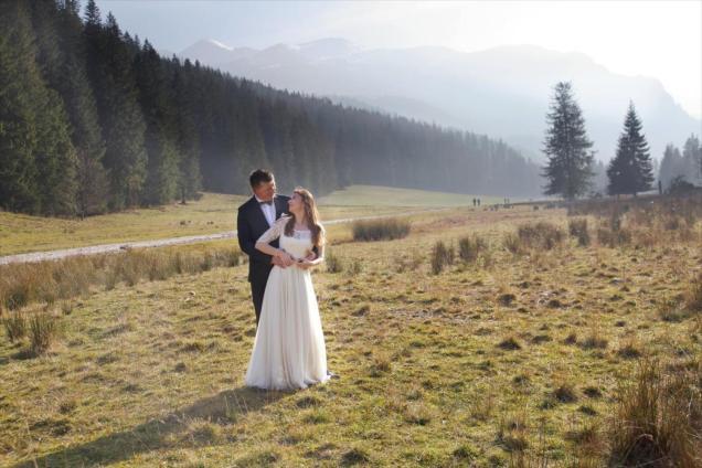 Mglista sesja ślubna