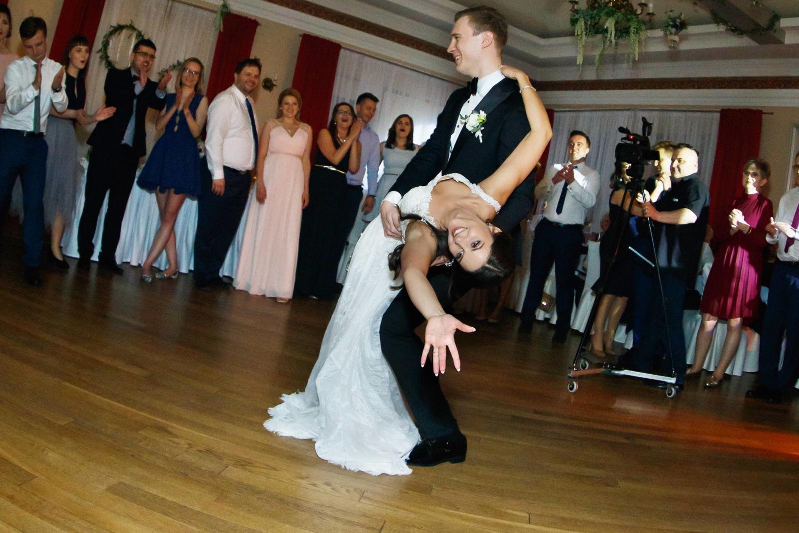 Pierwszy taniec Joanny i Karola