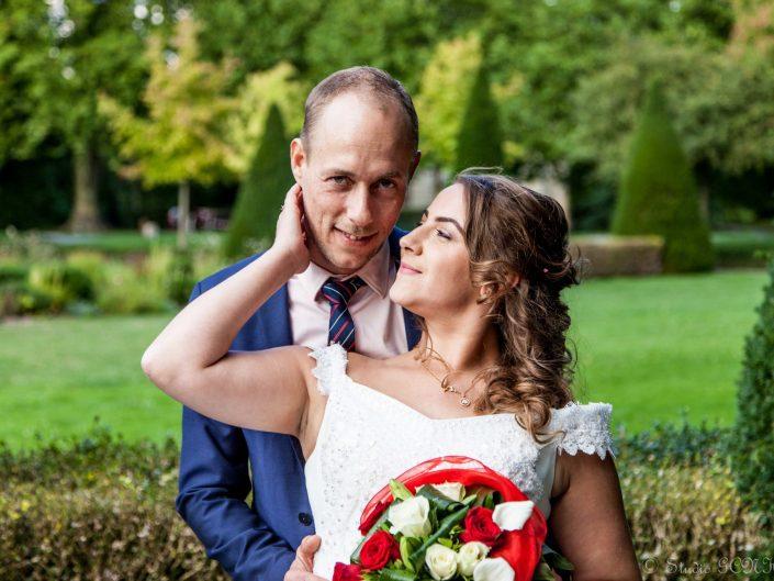 portrait rapproché de couple de mariage retouchée
