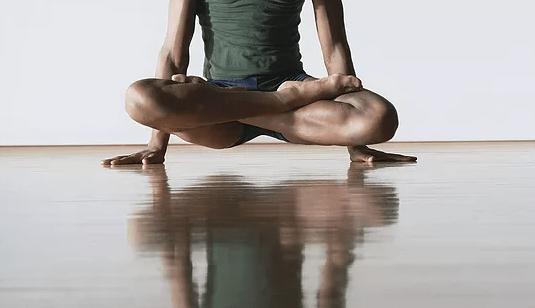 [LES COURS DU STUDIO] Le Yoga d'Amélie débarque au Studio !
