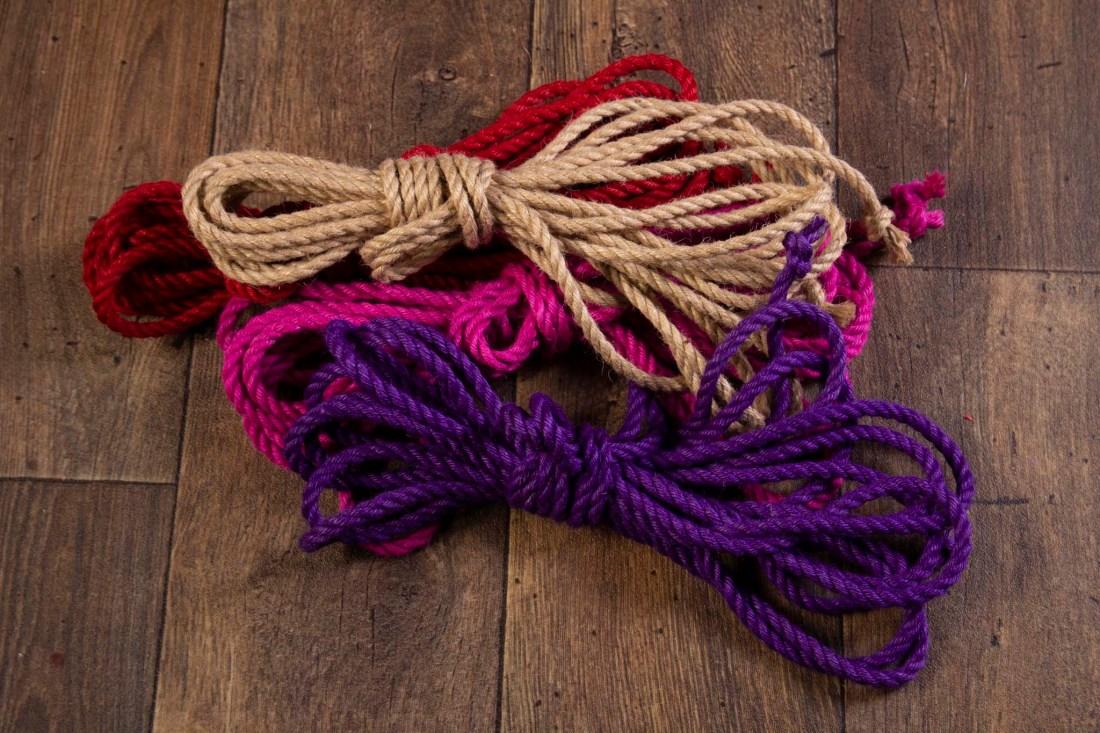 Purple, pink, red and natural Jute rope for Shibari / Kinbaku