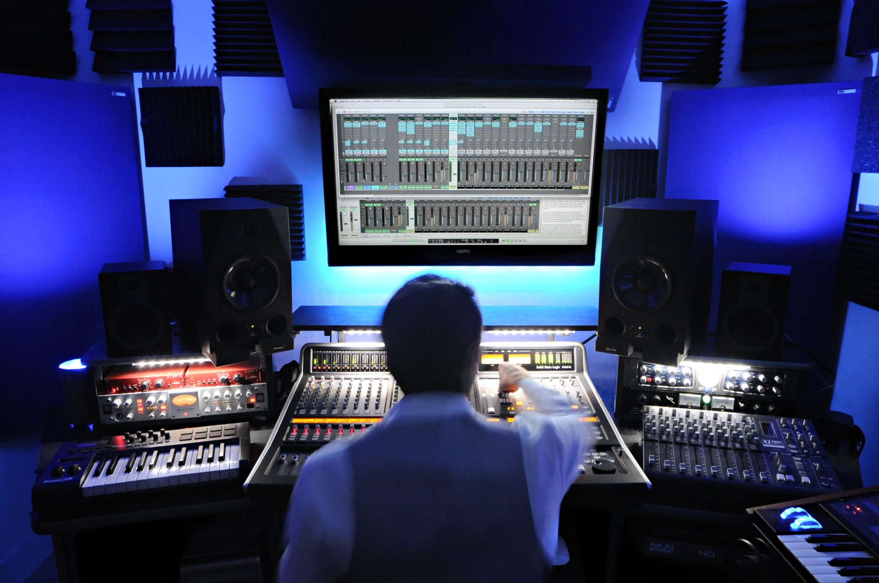 Mixing and Mastering Services Studio