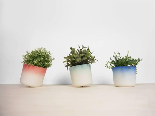 C07 Flowertop 2016 flowerpot with bottom screw colors fade 3 colors front