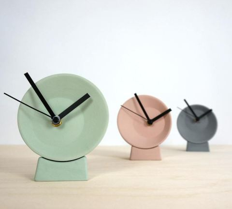 6th place of the most popular in 2017: the Off-Centre clocks