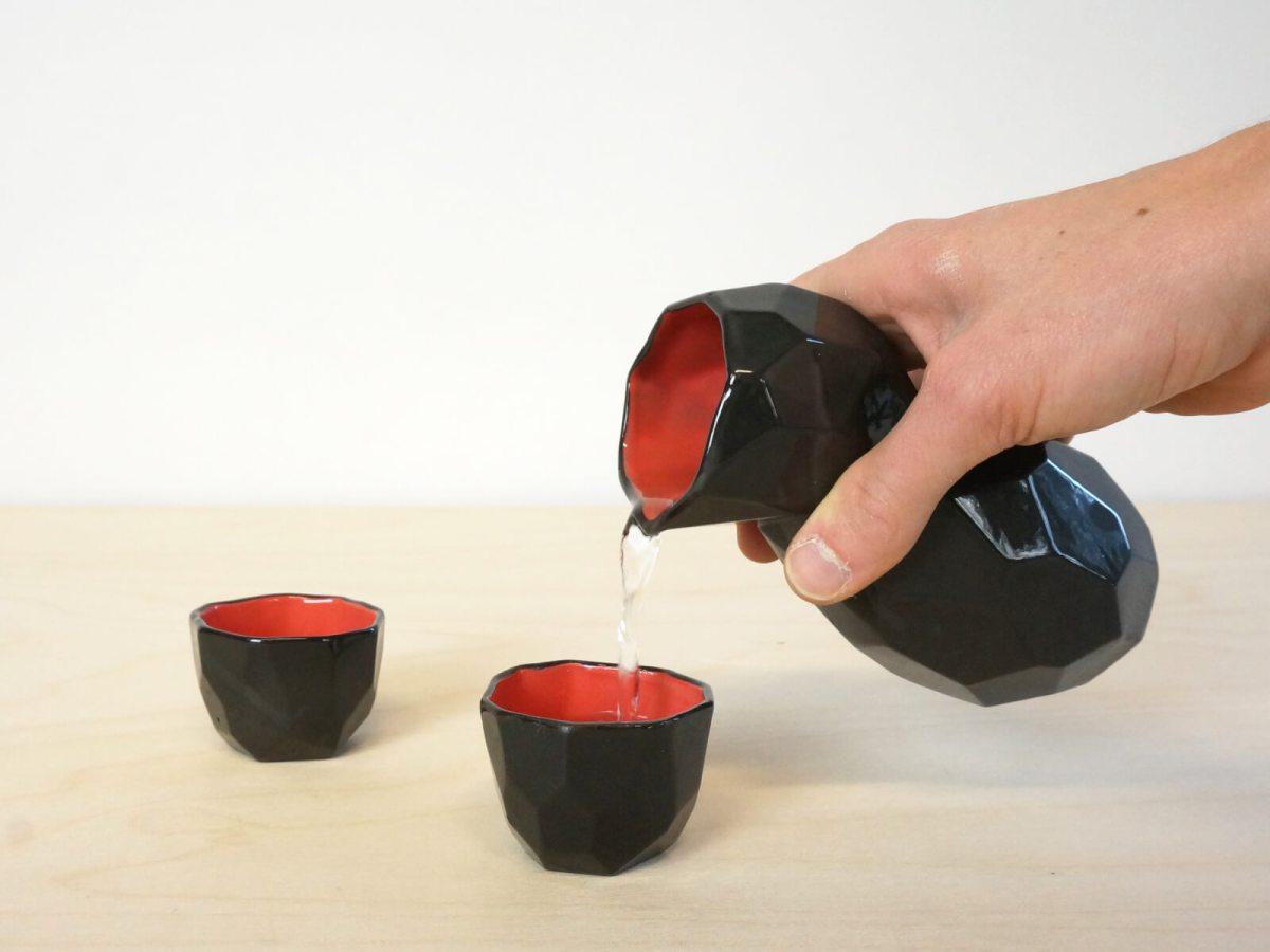 Sake set back and red – Studio Lorier