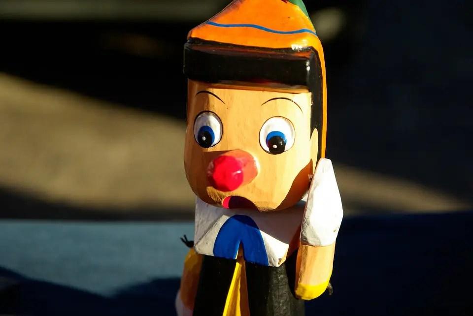 Come in Pinocchio: omissioni e bugie compromettono il lavoro