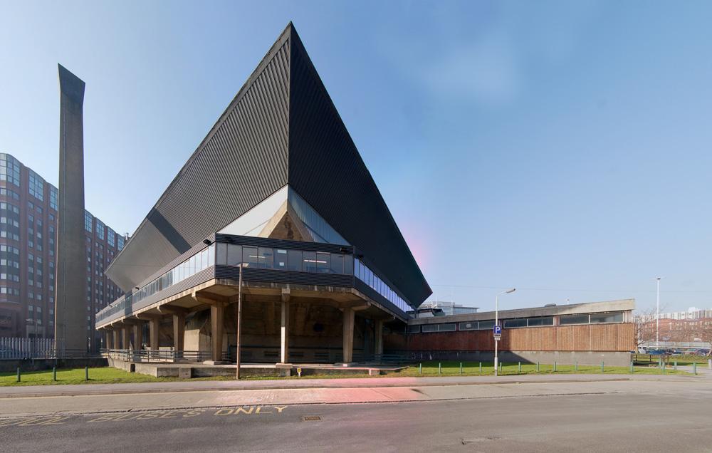 Leeds International Pool