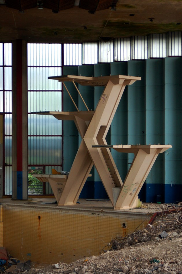 Diving boards at Leeds International Pool during demolition