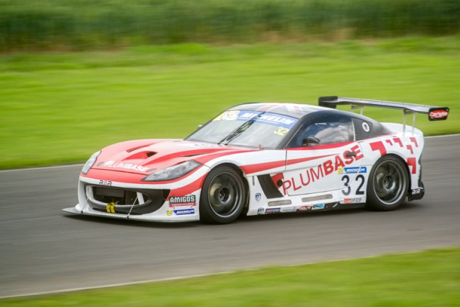 32 Charles Ladell Rob Boston Racing Ginetta GT4 Supercup Croft 2017