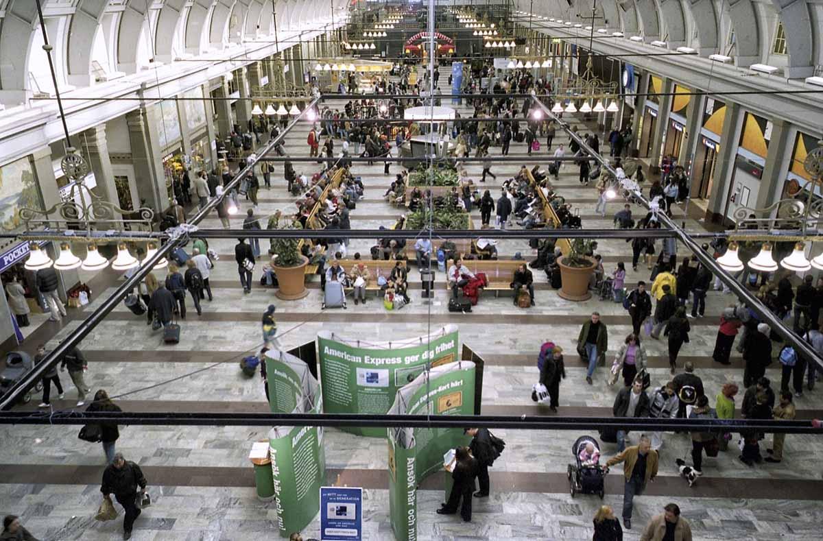 Stockholms Central station, March 2003