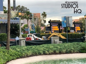 New sidewalk construction in front of the Hyperion Theatre has necessitated guests to detour in both directions around Echo Lake while this major walk way is closed. Disney workers have placed temporary signs pointing to major attractions to help reroute guest movement. The signs begin on Hollywood Blvd and are located on Echo Lake area walkways. Disney's Hollywood Studios. Photo by John Capos