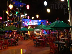 For quick dining, guests can walk up to Woody's Lunch Box. The menu selection includes a BBQ brisket melt, grilled 3 cheese sandwich, or even a Monte Cristo sandwich. The dining offers limited seating and minimal shade, so diners may want to enjoy their meals early in the day or near sunset to avoid the summer's heat. Toy Story Land. Disney's Hollywood Studios. Photo by John Capos
