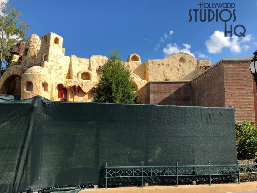 Workers have erected canvas construction barriers and have removed all former landscaping from an area adjacent to Tatooine Traders. This location has been cleared out to begin work as visible in the photos below. Hollywood Studios HQ will bring viewers more details regarding this renovation as they become available. Disney's Hollywood Studios. Photo by John Capos