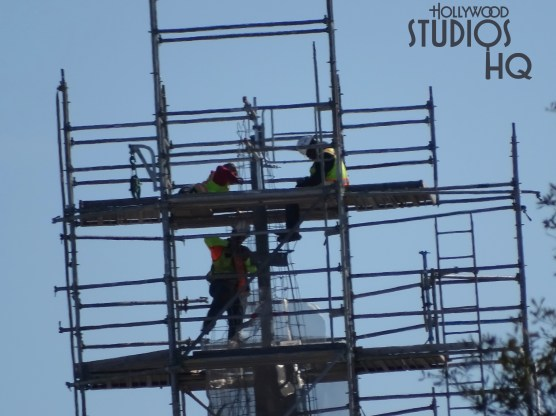 Construction crews continue work on Planet Batuu with fabrication welding in various locations as materials are delivered overhead by crane. Additional spire detail have been added on various domes this week while workers continue to remove scaffolding from the mountain landscape. Hollywood Studios HQ continues to bring viewers the latest construction updates. Star Wars: Galaxy's Edge. Disney's Hollywood Studios. Photo by John Capos
