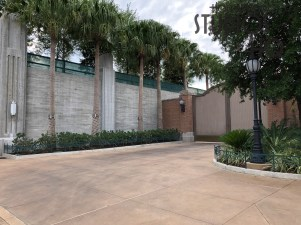 Effective May 1, 2019, all in-Park smoking areas have been removed, including the former designate location at the end of Grand Avenue. Disney's Hollywood Studios. Photo by John Capos