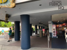 Guests will notice a fresh new exterior blue paint color on the sound stage hosting the Voyage Of The Little Mermaid show. In addition, lamp post banners have been unveiled that promote Star Wars: The Mandalorian which debuts on November 12, 2019, on the Disney Plus streaming service. Stay connected to Hollywood Studios HQ for all the up to date Park news. Disney's Hollywood Studios. Photo by John Capos