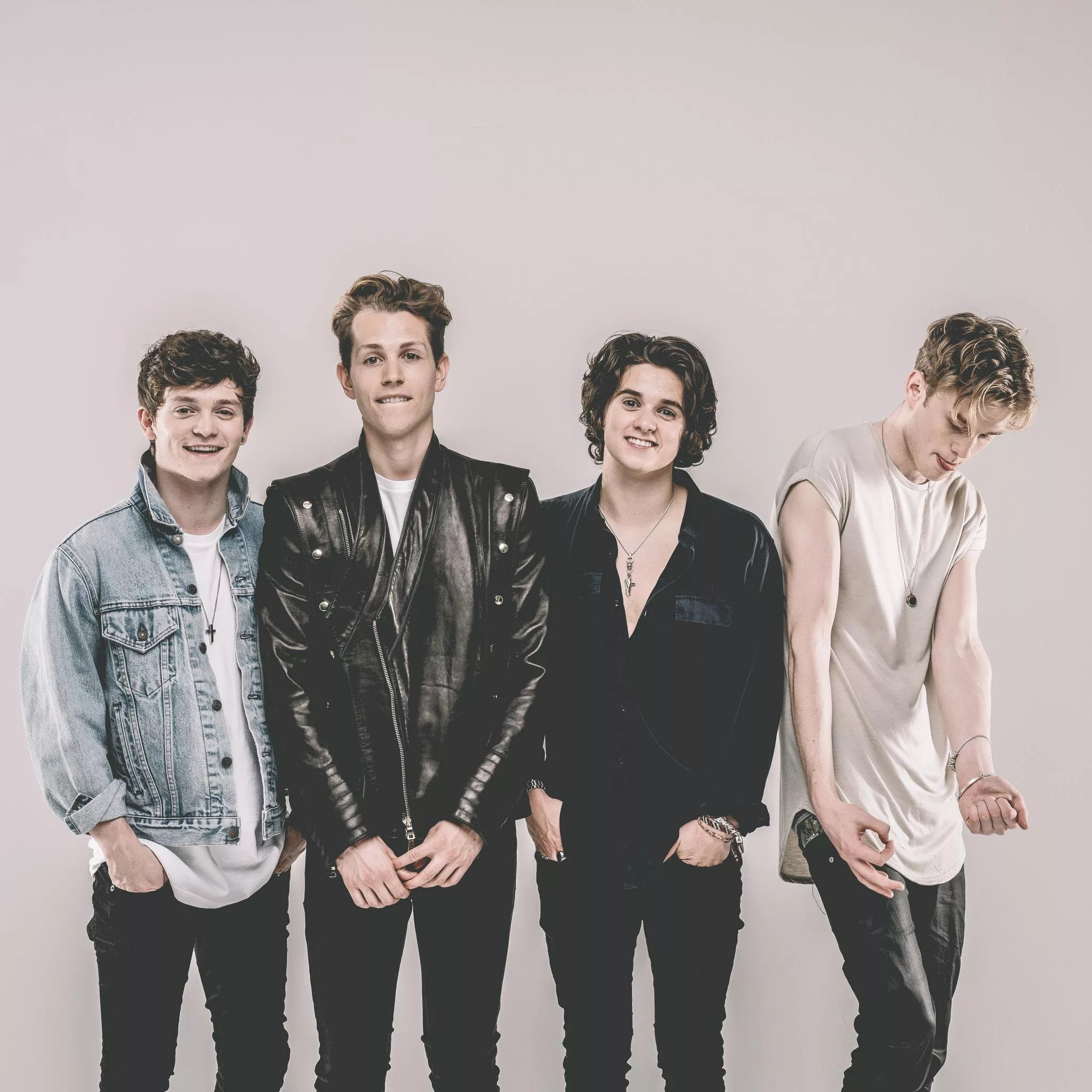 Cheater Girl Wallpaper The Vamps Letras Com 10 Canciones