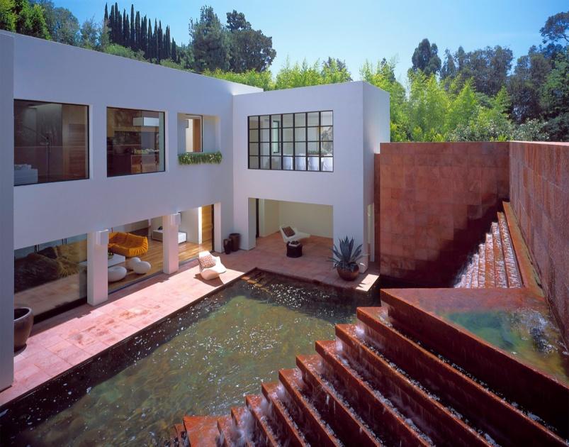 Luis Barragan Campbell Divertimento Fountain 637 Studio