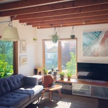 Chezerbey living room with plants