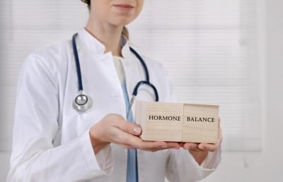 5分でわかる「フィードバック調節」ホルモンの分泌を調整している機能について現役理系大学院生が解説!