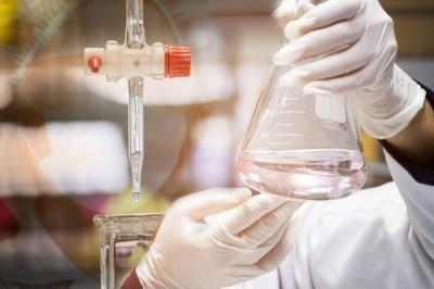 「酸」と「塩基」が打ち消し合う「中和」について元研究員が解説