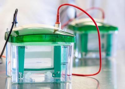 「電気泳動」とは何か?原理や利用方法を医学部研究室の実験助手が5分でわかりやすく解説