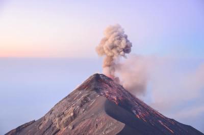 成層火山とはどのような火山なのか?地球科学専攻卒が5分でわかりやすく解説!