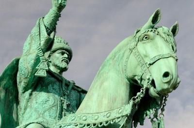 グロズヌイとして恐れられた「イヴァン4世(イヴァン雷帝)」の生涯を歴女が5分で解説!