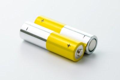 電池の中でどんな化学反応が起きているの?現役理系大学生ライターが詳しく解説