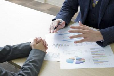 「当方」とは?ビジネスにおける意味と使い方・例文・類義語は?現役ライターがサクッと解説