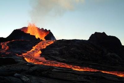 火山の理解に不可欠な「マグマ」を理系ライターが丁寧に解説